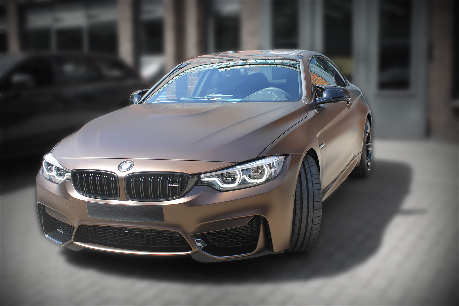 BMW-M4-Coupe_KPMF--Java-Brown-mattBasis