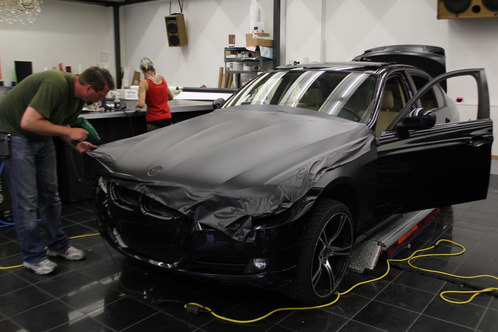 BMW_3ER_FOLIERUNG_MIDNIGHTBLACK_METALLIC_MATT_02
