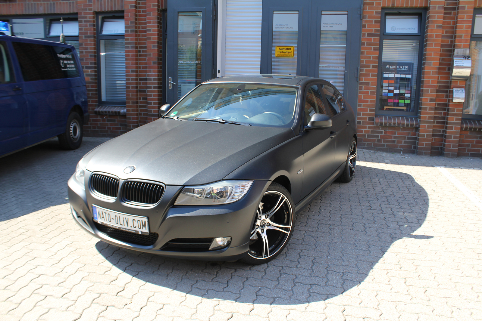 BMW_3ER_FOLIERUNG_MIDNIGHTBLACK_METALLIC_MATT_07
