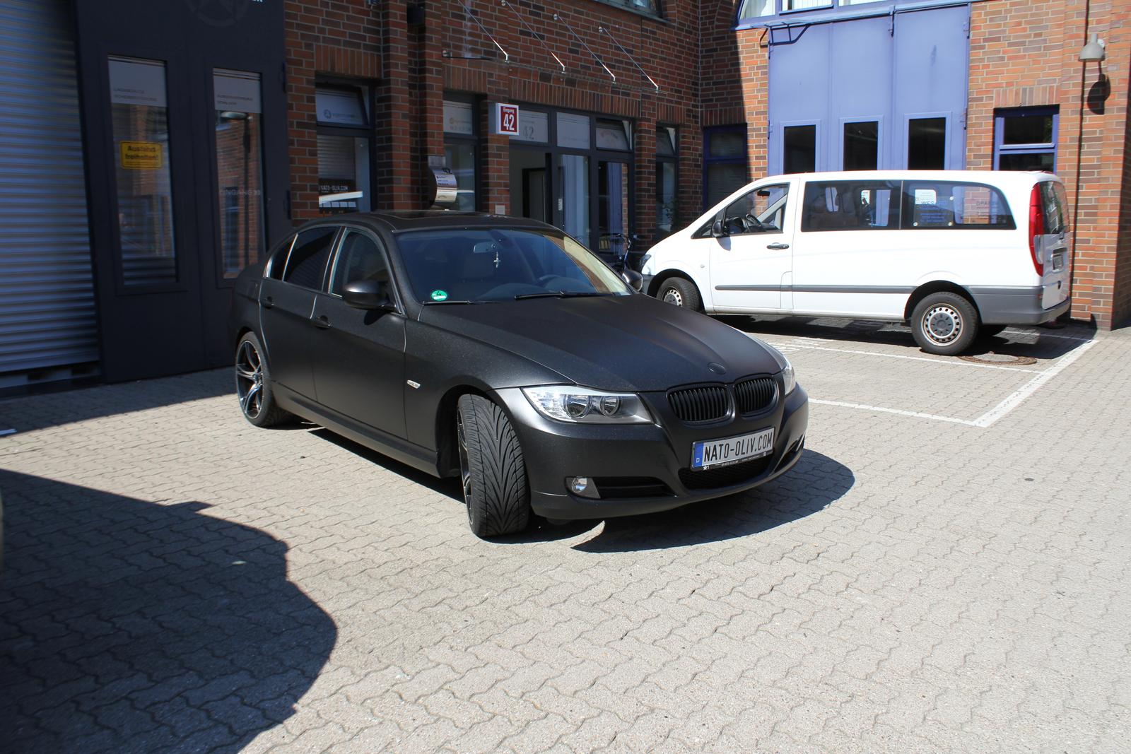 BMW_3ER_FOLIERUNG_MIDNIGHTBLACK_METALLIC_MATT_08