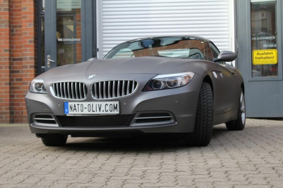 BMW Z4 IN ANTHRAZIT METALLIC MATT