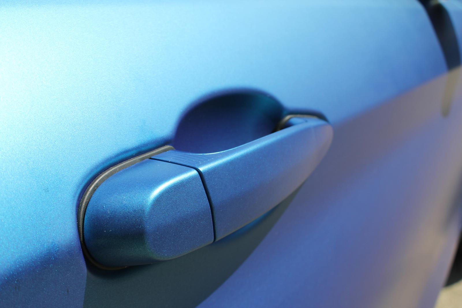 Car Wrapping Auto Folierung BMW 4er Blau Matt Metallic