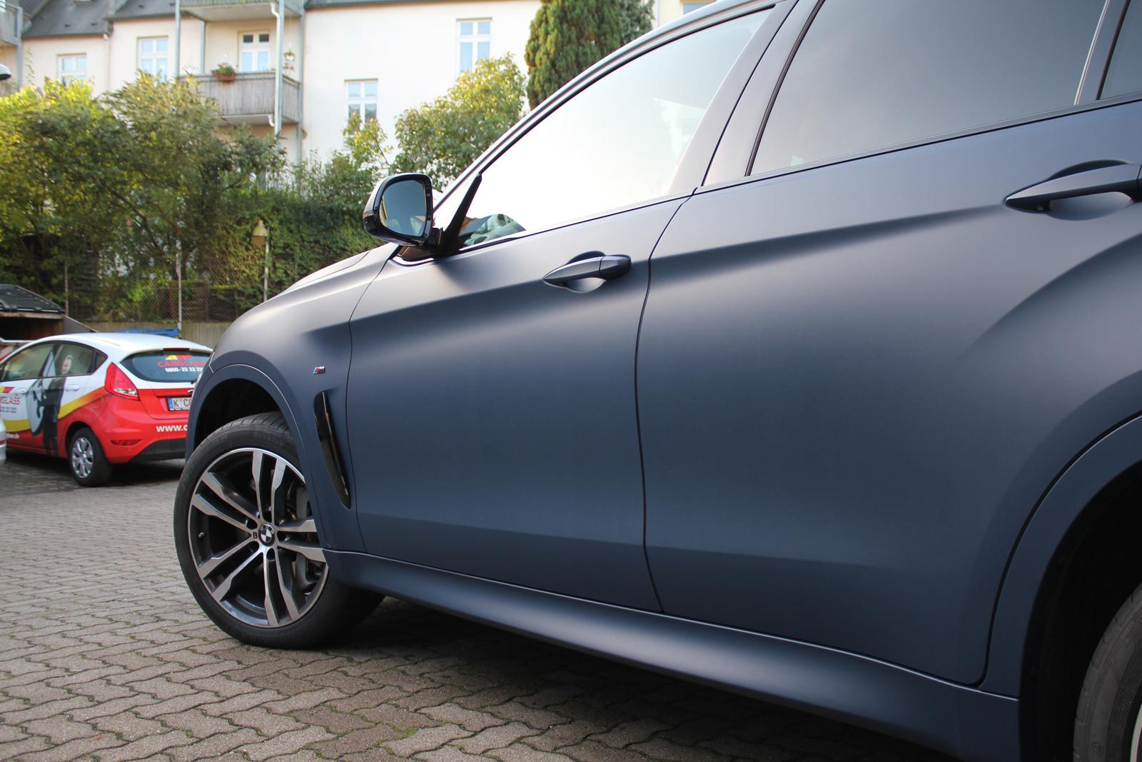 BMW_X6_CAR-WRAPPING_YACHTBLAU_MATT_05