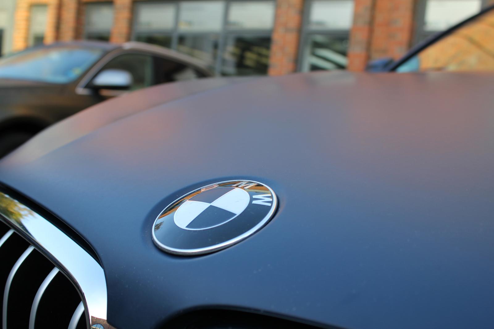 BMW_X6_CAR-WRAPPING_YACHTBLAU_MATT_07