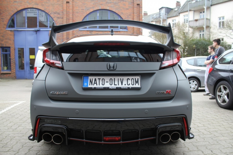 HONDA CIVIC TYPE-R IN GRAU MATT