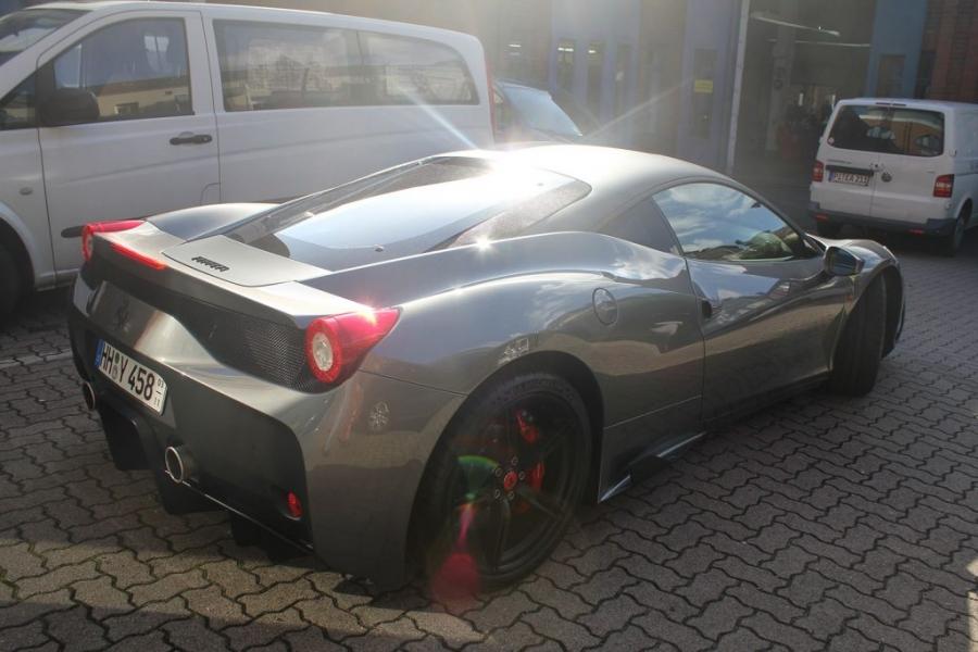 Ferrari 458 Teilfolierung schwarz matt Hamburg