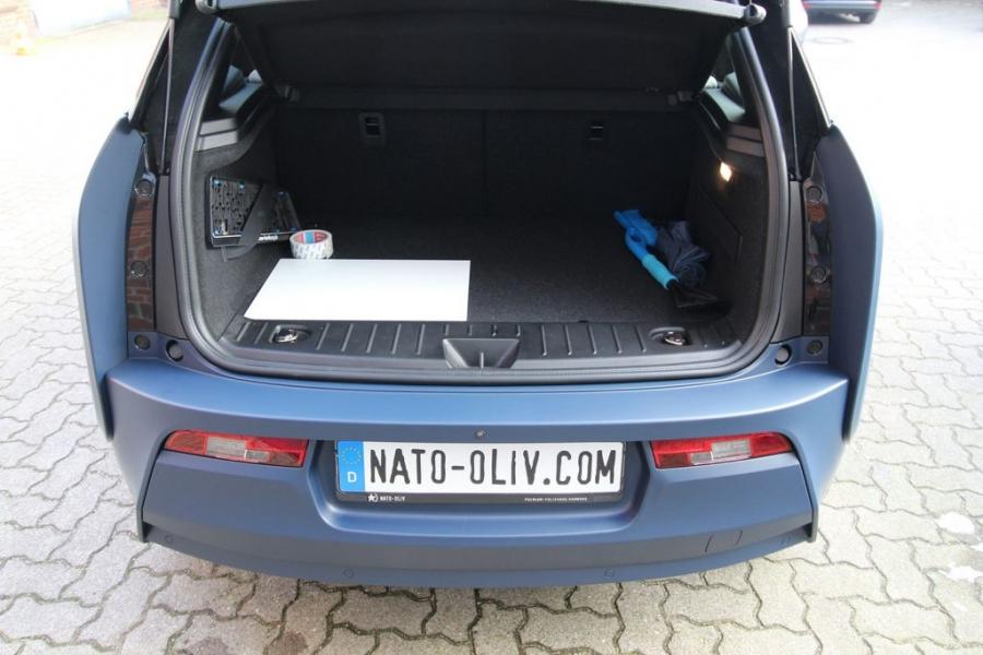 BMW i3 Premium Folierung in 3M dunkelblau matt Hamburg