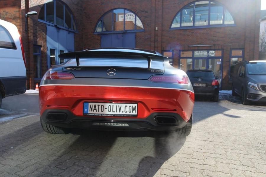 Mercedes AMG GT-S rot glänzend Autofolie Hamburg