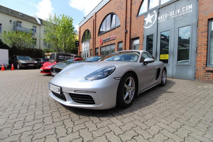 Porsche Cayman 3M Satin-White-Alu Infos zur Folierung Hamburg