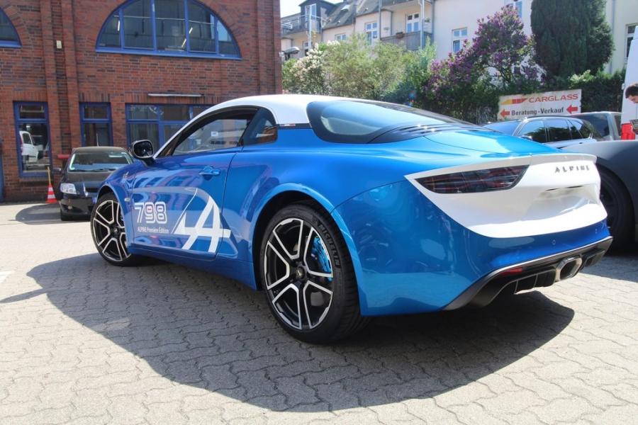Alpine 798 Branding Folierung blau weiß Hamburg