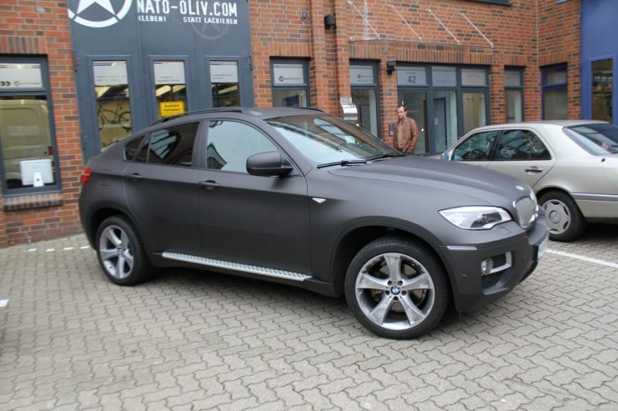 BMW X6 schwarz-braun matt metallic Nato oliv Hamburg