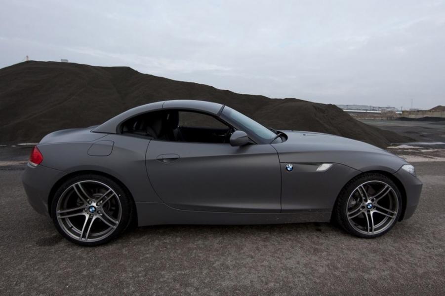 BMW Z4 grey seidenmatt Vollfolierung Hamburg