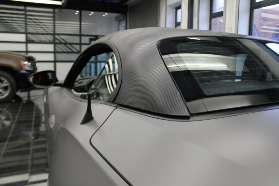 BMW Z4 Carbondach seidenmatt Auto foliert Hamburg