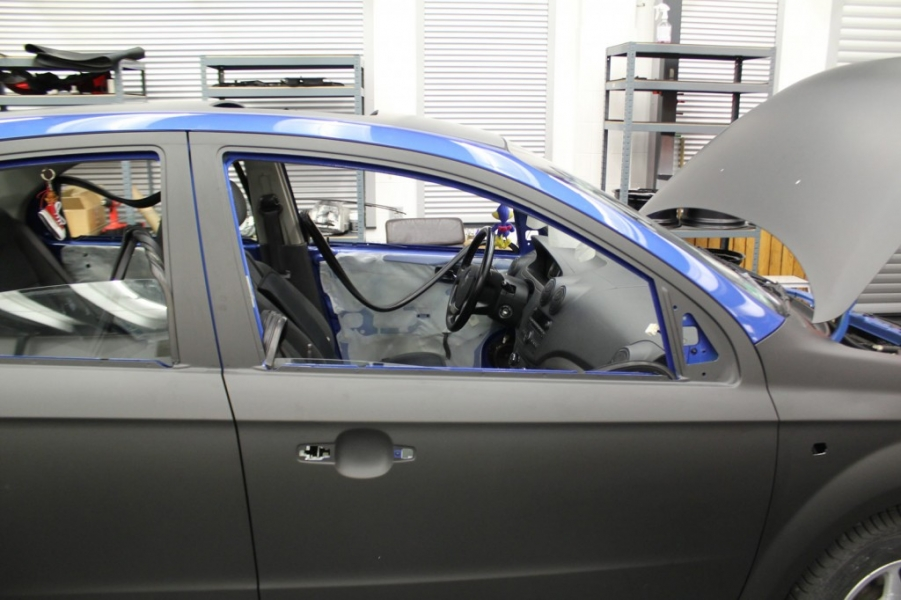 Chevrolet Aveo blau zu schwarz matt Fahrzeugfolierung Hamburg