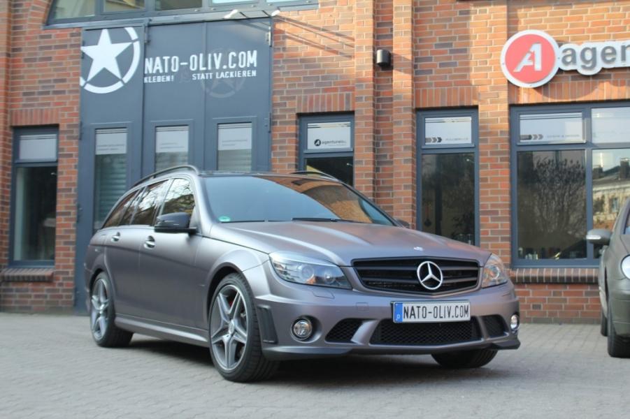 Mercedes C63 AMG M261 Matt Metallic Nato Oliv Hamburg