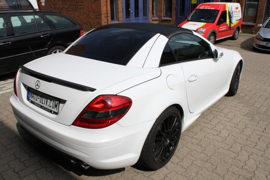 Mercedes SLK weiss matt Car Wrapping Hamburg