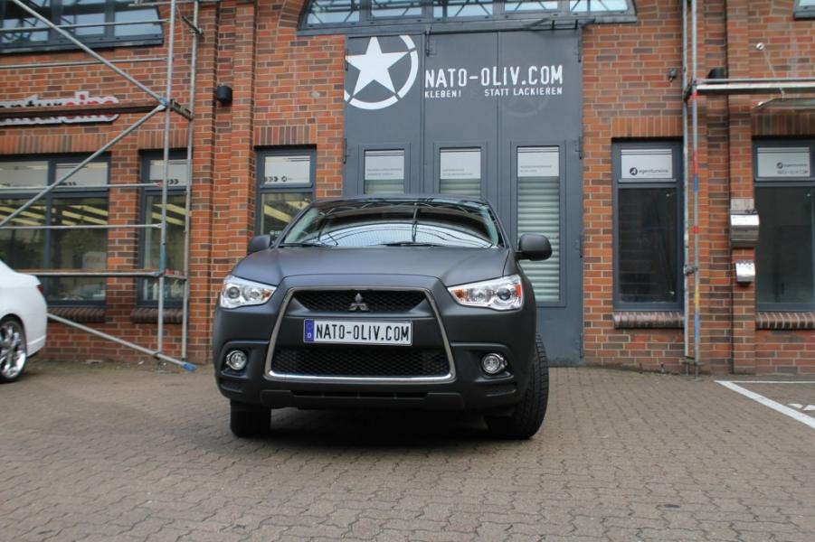 Mitsubishi ASX matt schwarz Nato Oliv Hamburg