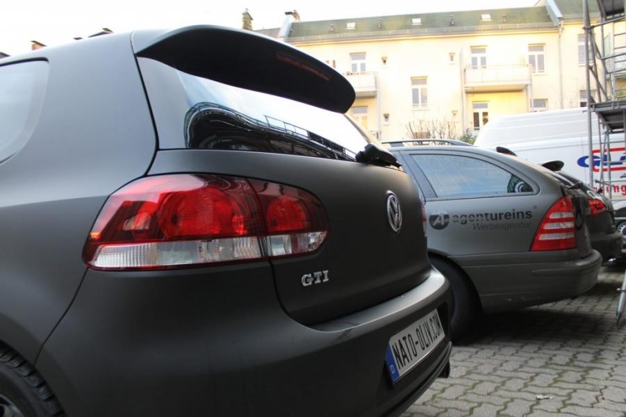 VW Golf GTI schwarz matt Scheibentönung Hamburg