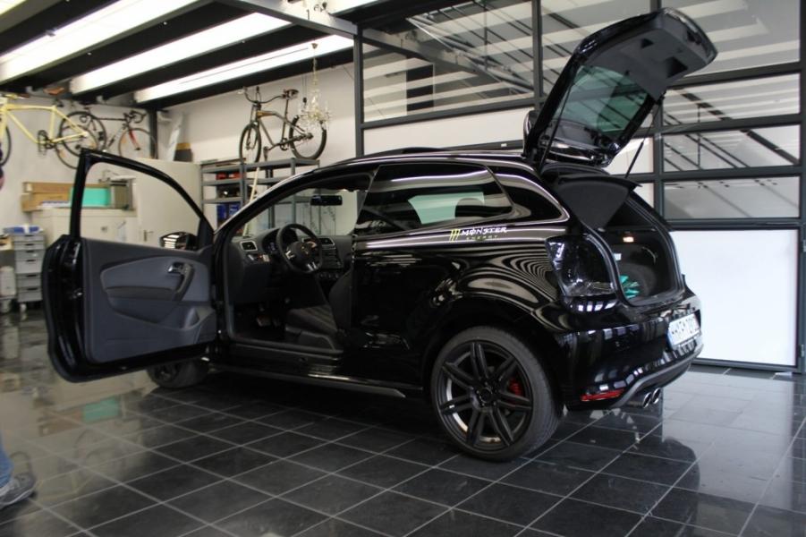 VW Polo GTI vor der Folierung Orange Matt schwarz glanz